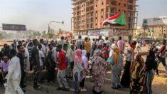 Presidente del Consejo Soberano sudanés disuelve los órganos transitorios