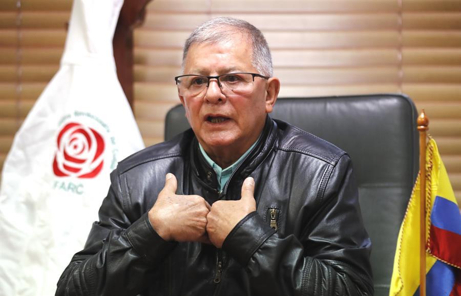 Devuelven a Colombia a exlíder de las FARC retenido en México por circular roja