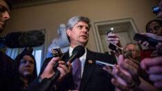 Acusan al congresista Jeff Fortenberry de ocultar información al FBI sobre sus donaciones de campaña