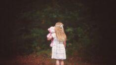 Niña de 8 años sobrevive 2 días sin comer y beber en un frío y peligroso bosque