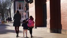 Padres alertan que sus hijos están siendo sometidos a adoctrinamiento transgénero