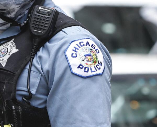 Chicago: Jueza ordena a jefe de sindicato policial que no disuada a miembros de vacunarse contra COVID-19